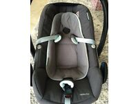 Maxi Cosi iSize Pebble Plus Car Seat (highest safety standard & improved lie flat design)