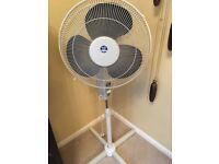 Free standing electric cooling Fan