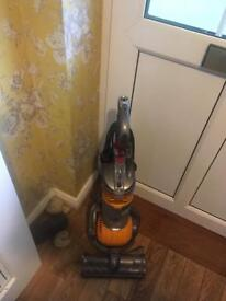 Dyson ball compact dc 24 (only used a few times)