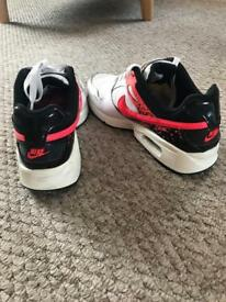 Nike AirMax trainers size UK 4.5