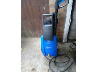 Nilfisk pressure patio washer with lance and 3 attachments vgc gwo