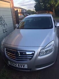 VAUXHALL INSIGNIA EXCLUSIVE FOR SALE.....VERY LOW MILEAGE
