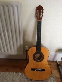 Excellent condition Herald MG104n 3/4 classical guitar with fabric carry case