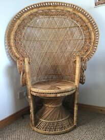 XXL Vintage Retro Rattan Fan Back Peacock Chair
