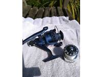 Course fishing reel