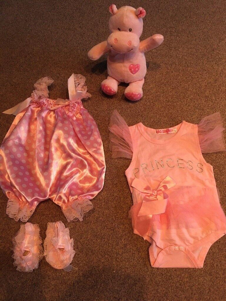 Baby girl bundle 0-6 month