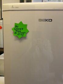 Quality second hand beko 6ft tall fridgefreezer