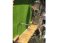 Extremely good quality artificial grass, like new