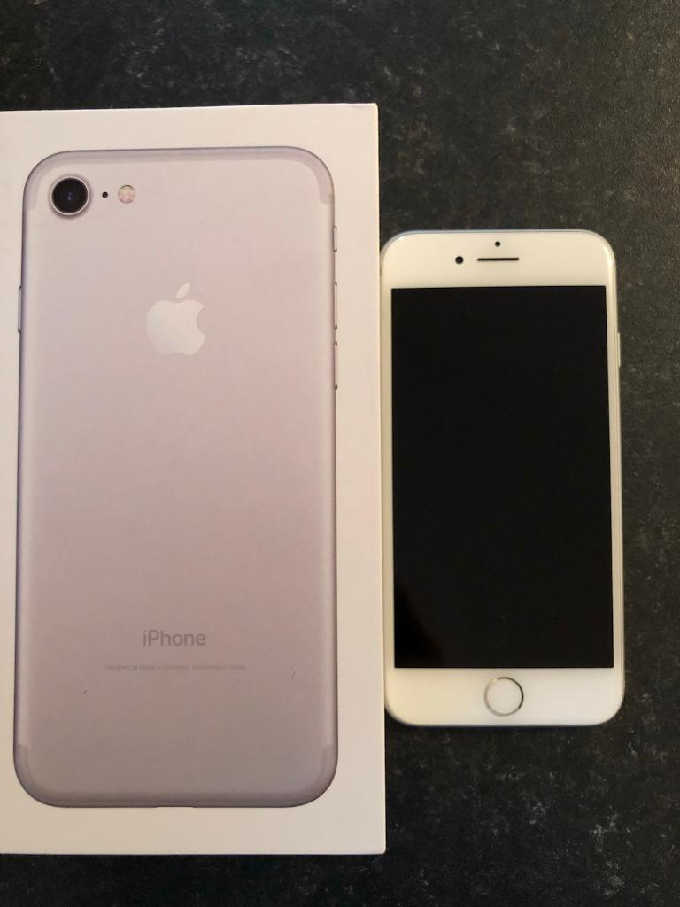 iPhone 7 128GB Excellent Condition in Warranty