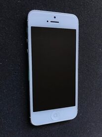 Apple iPhone 5 16GB White O2/Tesco/Gifgaff Good Condition