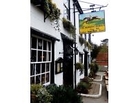 CHEF DE PARTIE LIVE IN - up to £9.50 per hour including tips