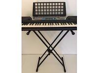 Yamaha PSR-170 Electronic Keyboard and Adjustable Stand - with box