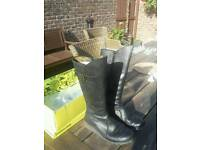 Fly of London Mol Black boots size 5