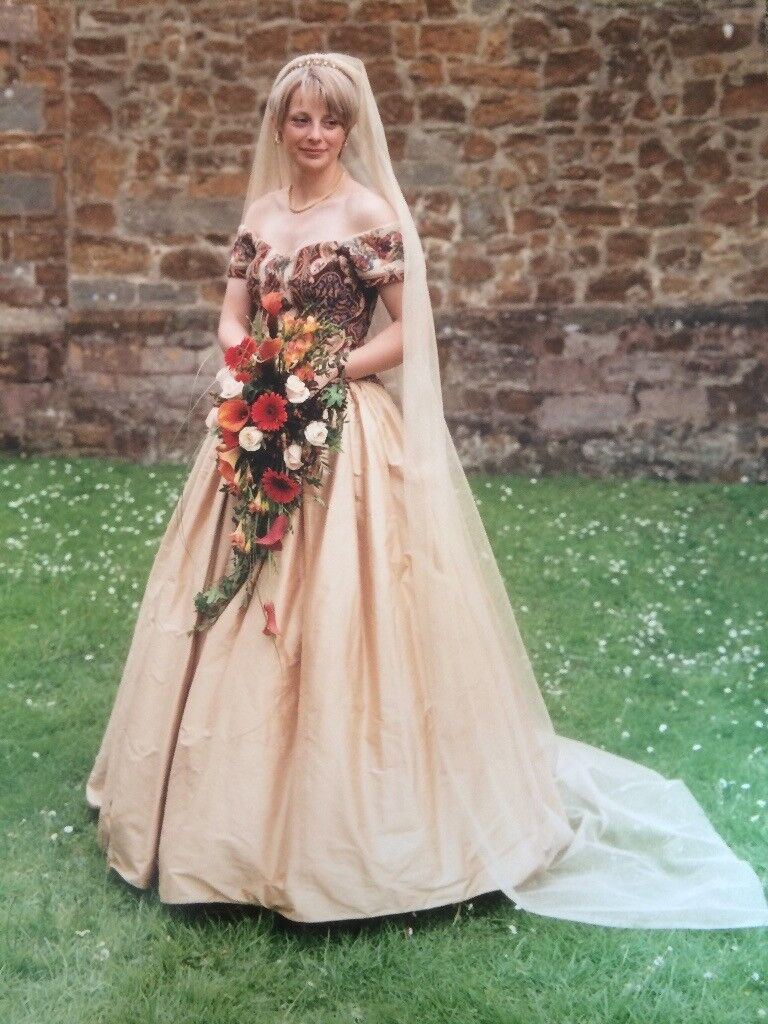 Wedding Dress Size 12 14 With Mediaeval Style Tapestry Bodice