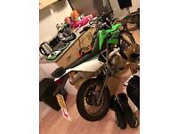 ***2015 Kawasaki Klx 125cc Road Legal !!! like new.