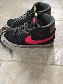 Girls Nike blazes