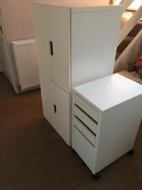 2 bedroom cabinets