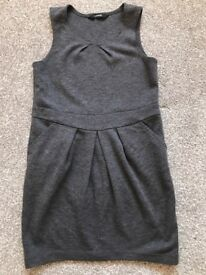 School grey dress age 5-6 years