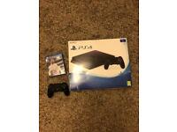 PS4 1tb like new with fifa 18