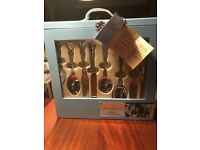44 piece Newbridge Kings cutlery gift set