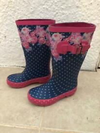Girls floral wellies size 10