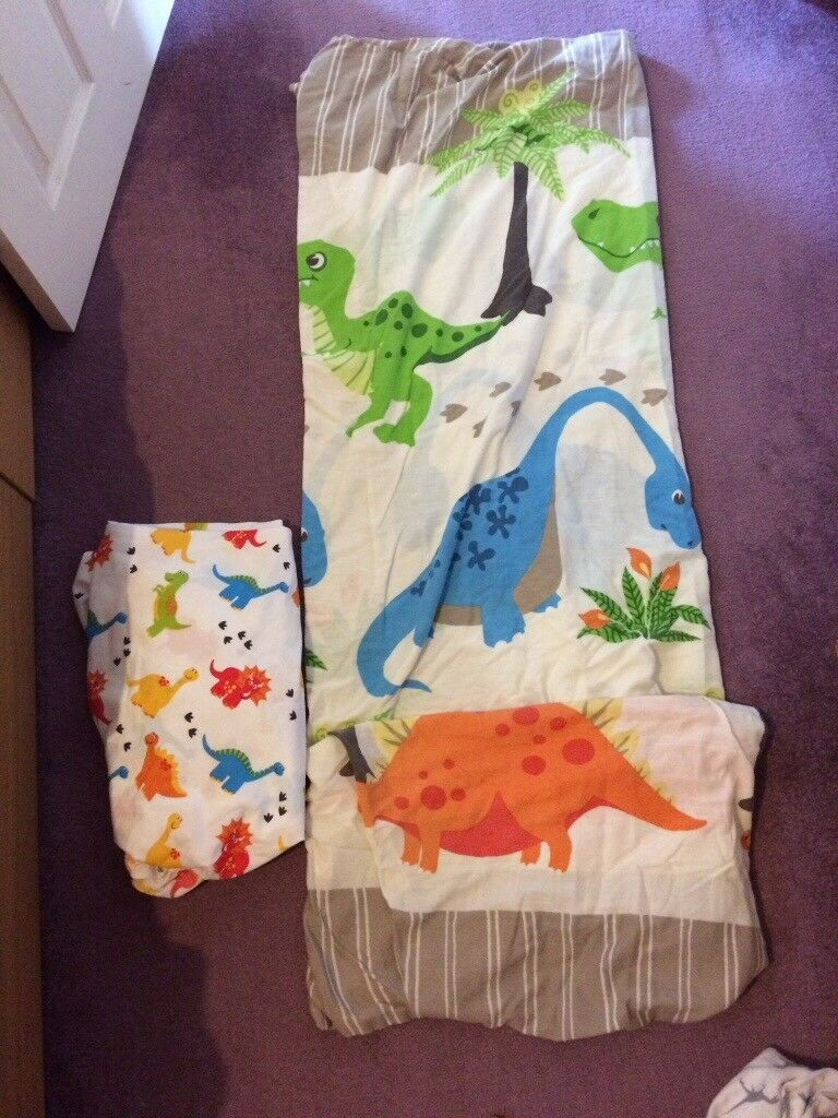 (2 sets) Dinosaur single Bedding and fitted shirts