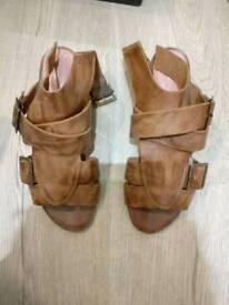 KG sandals size 37