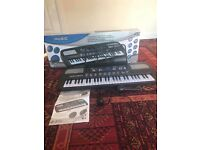54 key multi function keyboard in excellent condition nearly new used twice u can look in pic
