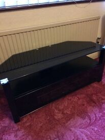 Tv stand £140 new,had it for six months excellent condition