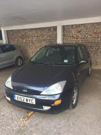 Ford Focus, 1.8l Manual Petrol 2001, Grey £500 ono