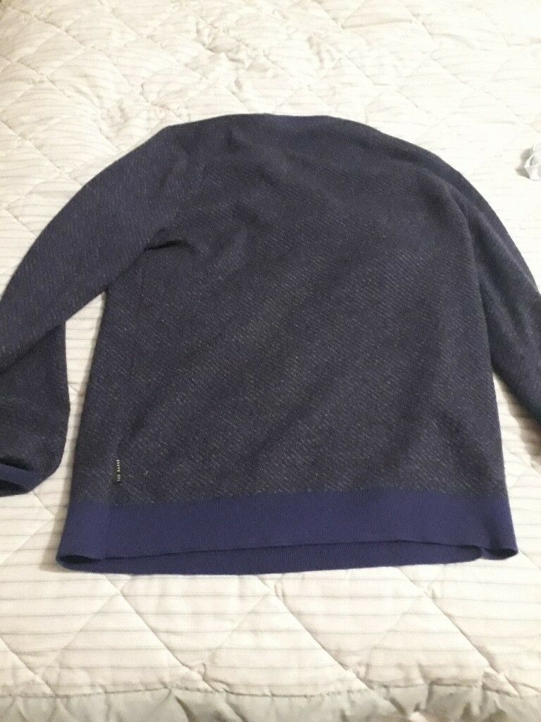 55b87109a Ted Baker size 4 (Large) purple round necked jumper