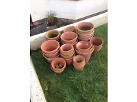 32 Terracotta plant pots, various sizes