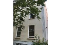 1 bedroom first floor flat available in Montpelier/St Pauls with a communal garden