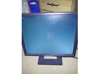 """DELL 17"""" MONITOR 1280x1024px - RELISTING AS HAD WRONG PHONE NUMBER"""