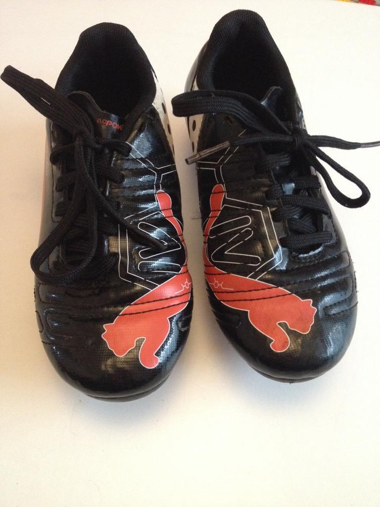 Kids size 12 football boots! As new condition!