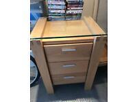 Karen Mintjen Solid Oak Bedroom Furniture