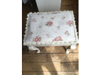 A LOVELY VINTAGE SHABBY CHIC MUSIC STOOL WITH OLD MUSIC IN STORAGE AREA
