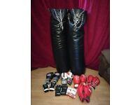 Boxing/ MMA equipment. 2x Heavy 5ft kickbags plus gloves £150 ONO