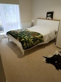 One double en-suite room opposit the Colindale Tube Station