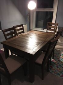 Extendable Solid Oak Dining table and six chairs