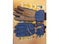 XL Trespass Gloves