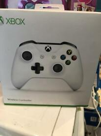 Xbox One S Controller in white used