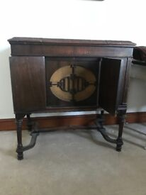 1920s vintage record player £50 open to offers