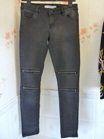Ladies (Vero Moda) Jeans/Jeggings with four zips on front - Size: 10/12