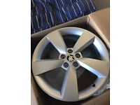 "Skoda Genue set of 4 Alloy Wheel - Camelot 7J × 17"" for 215/40 R17 tyres"