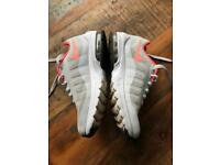 Nike Air Max Invigor Trainers Grey Pink UK 4