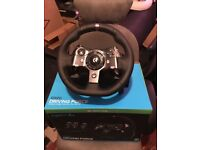 Logitech g920 racing wheel Xbox one compatable + gear stick
