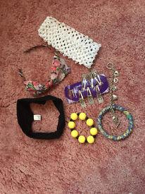 Hair accessories & bracelets (16 items)