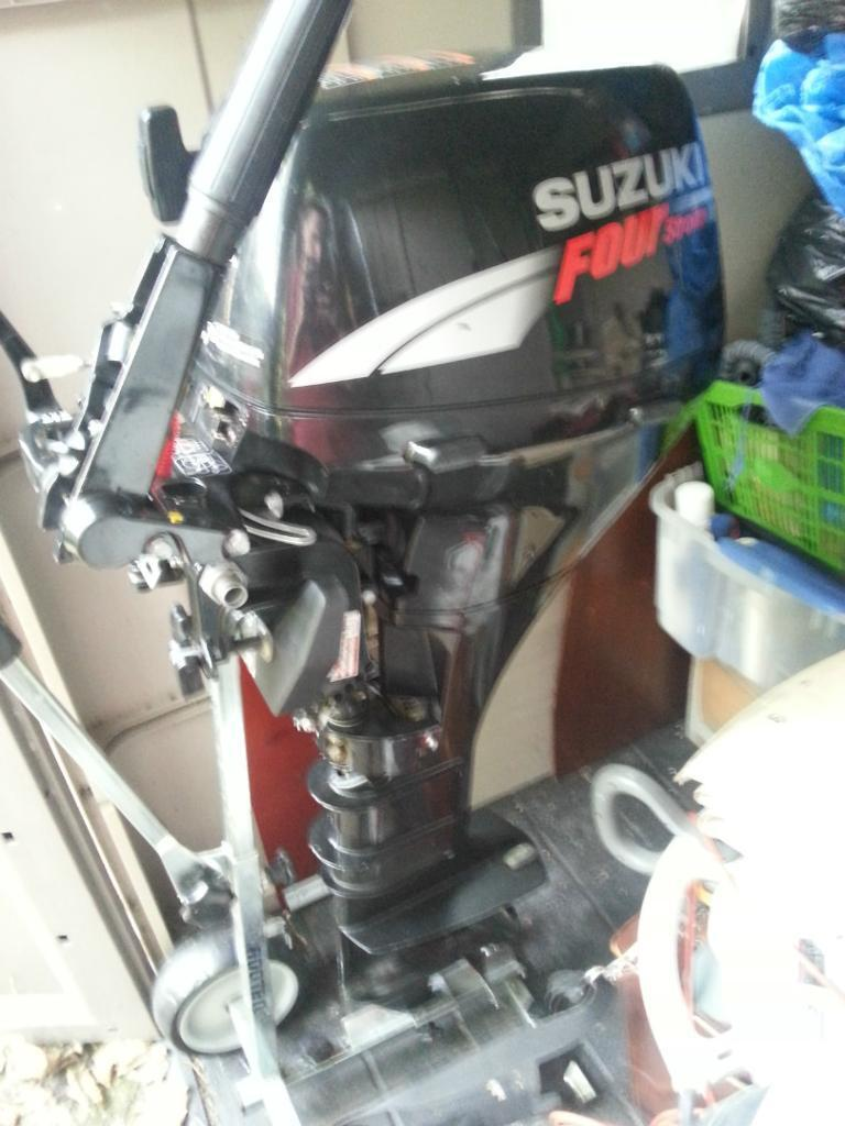 2007 Suzuki 9.9hp 4 Stroke Longshaft Outboard, Very Low Hours, Great  Condition