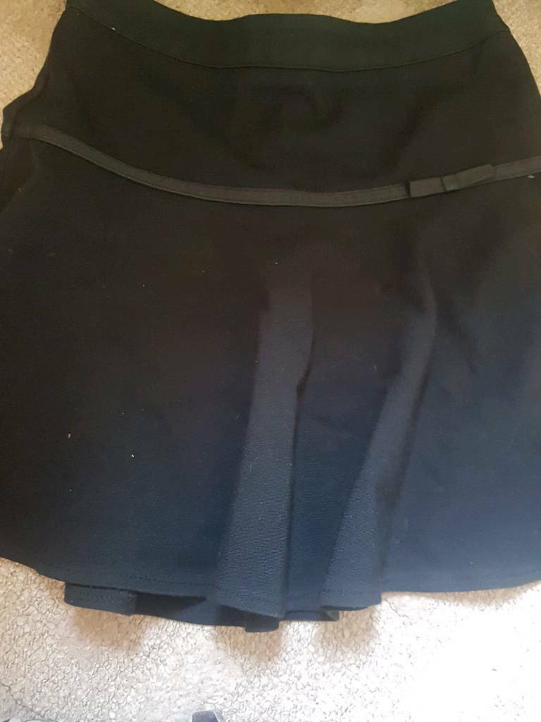 Navy blue skirts age 5-6